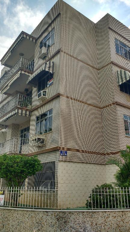 Ótimo apartamento residencial à venda, Irajá, Rio de Janeiro.