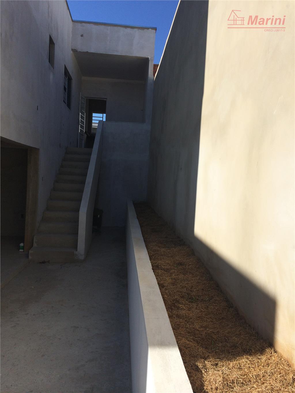 área construída: 75 m²2 dormitórios , 1 banheiro, sala 2 ambientes, cozinha americana, lavanderia e garagem...