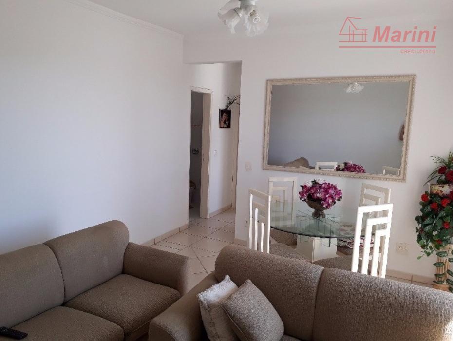apartamento com 75 metros quadrados, 02 quartos, moveis planejados nos quartos e na cozinha, 01 vaga...