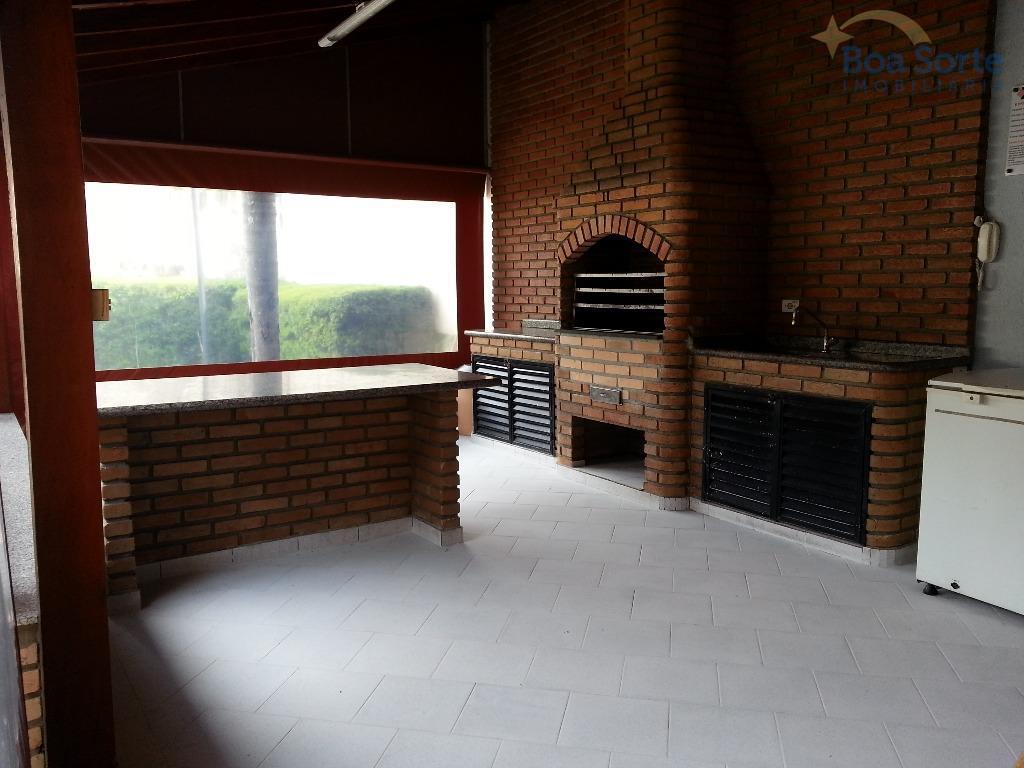 excelente apartamento de 59 m² com três dormitórios, sala ampla de dois ambientes, sacada com boa...