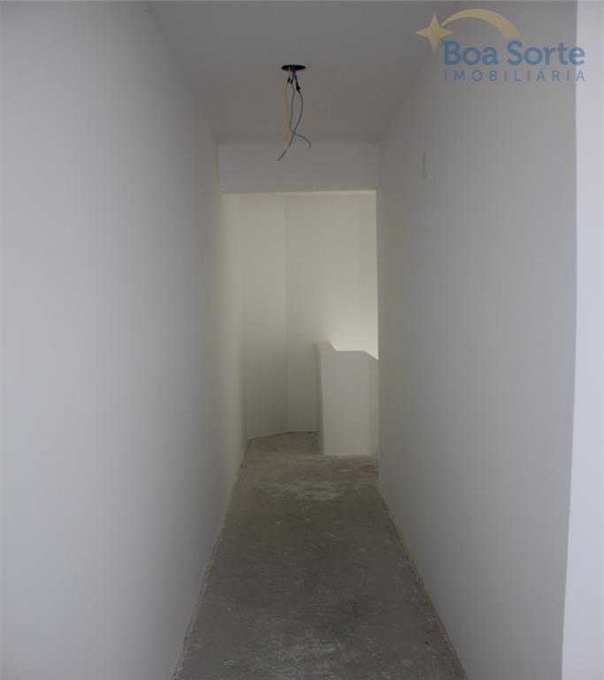 cobertura duplex, sala ampla, varanda gourmet com churrasqueira e spa marca jacuzzi para 4 pessoas. lavabo,...