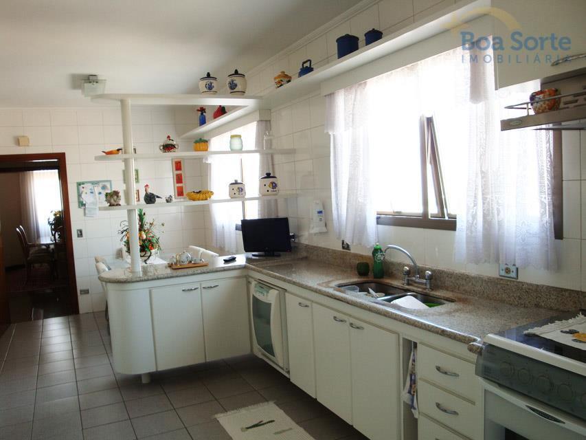 oportunidade! excelente apartamento de alto padrão com 190 m² contendo três dormitórios, sendo uma suíte com...