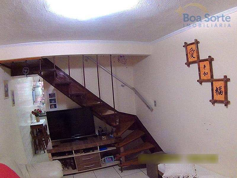 Sobrado residencial à venda, Carrão, São Paulo - SO0197.