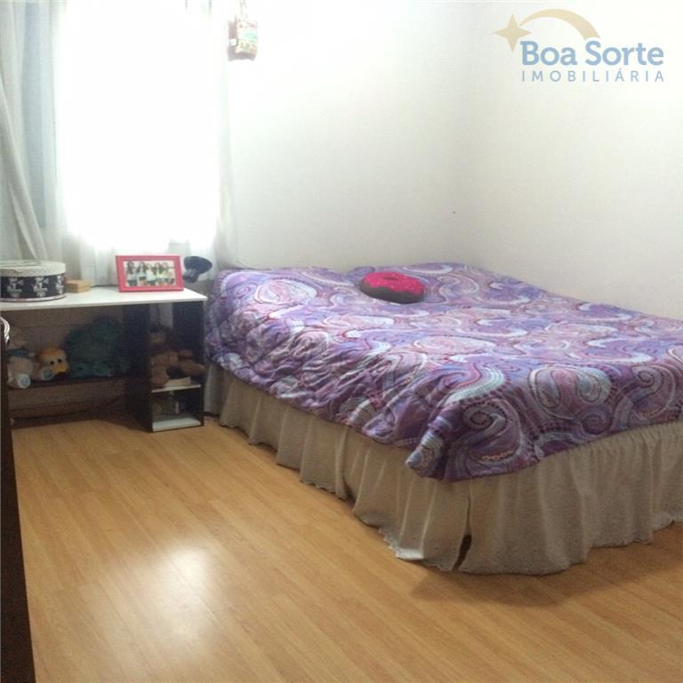 oportunidade! ótimo apartamento de 106 m contendo três dormitórios (uma suíte), dois deles com armários, sala...