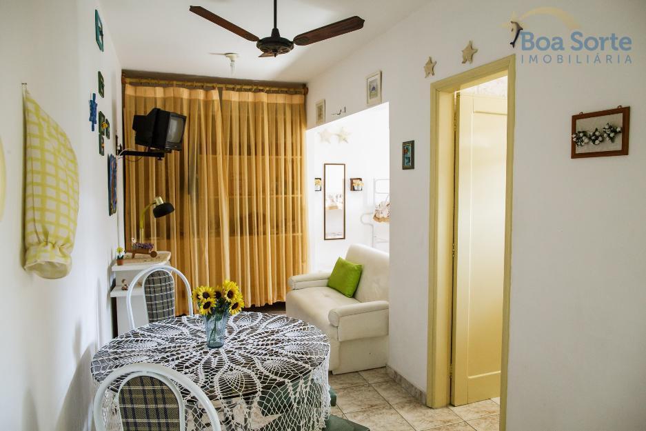 Kitnet residencial à venda, Canto do Forte, Praia Grande - KN0002.