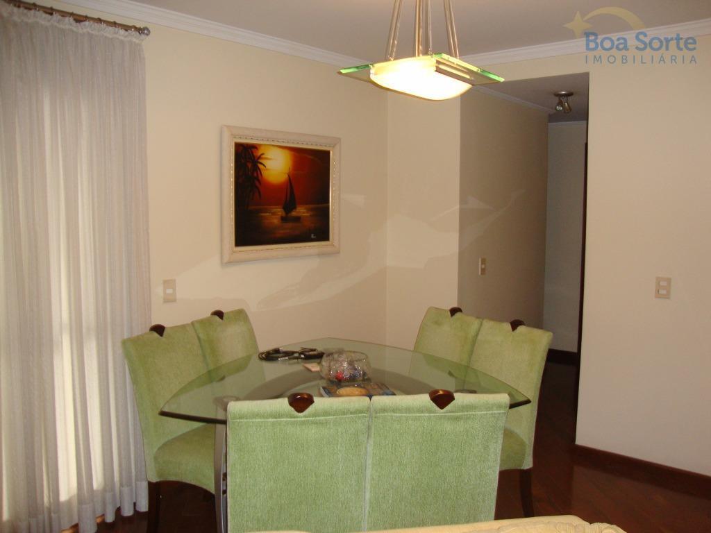 oportunidade! excelente apartamento contendo três dormitórios, sendo uma suíte, living amplo, lavabo, cozinha com armários planejados...