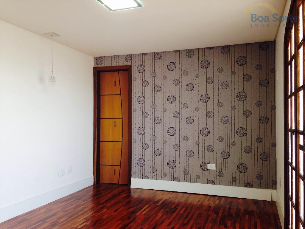 oportunidade! excelente cobertura com 115 m², três dormitórios decorados e com armários planejados (uma suíte com...