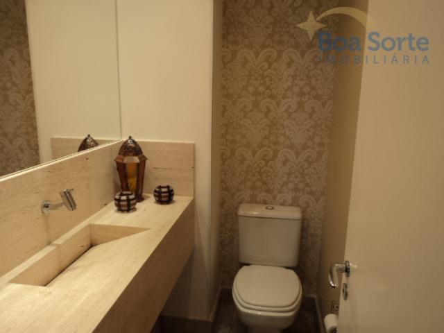 oportunidade! lindo apartamento totalmente mobiliado e decorado de 165 m² contendo três suítes, sala ampla dois...