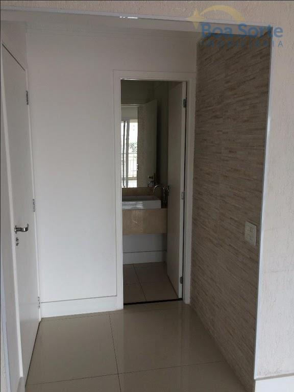 oportunidade! ótimo apartamento de 146 m² com 3 suítes, cozinha iluminada, sala ampla dois ambientes, varanda...