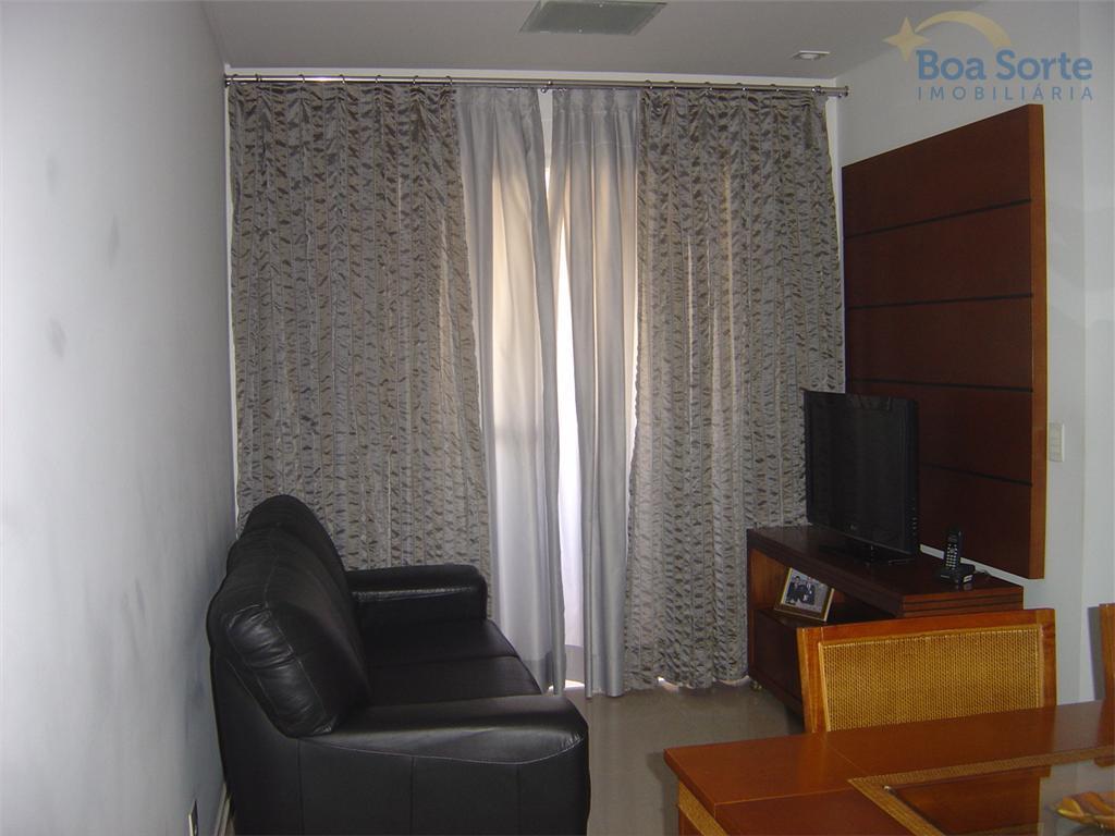 Vendo apartamento de 2 dormitórios sendo 1 suíte - excelente localização