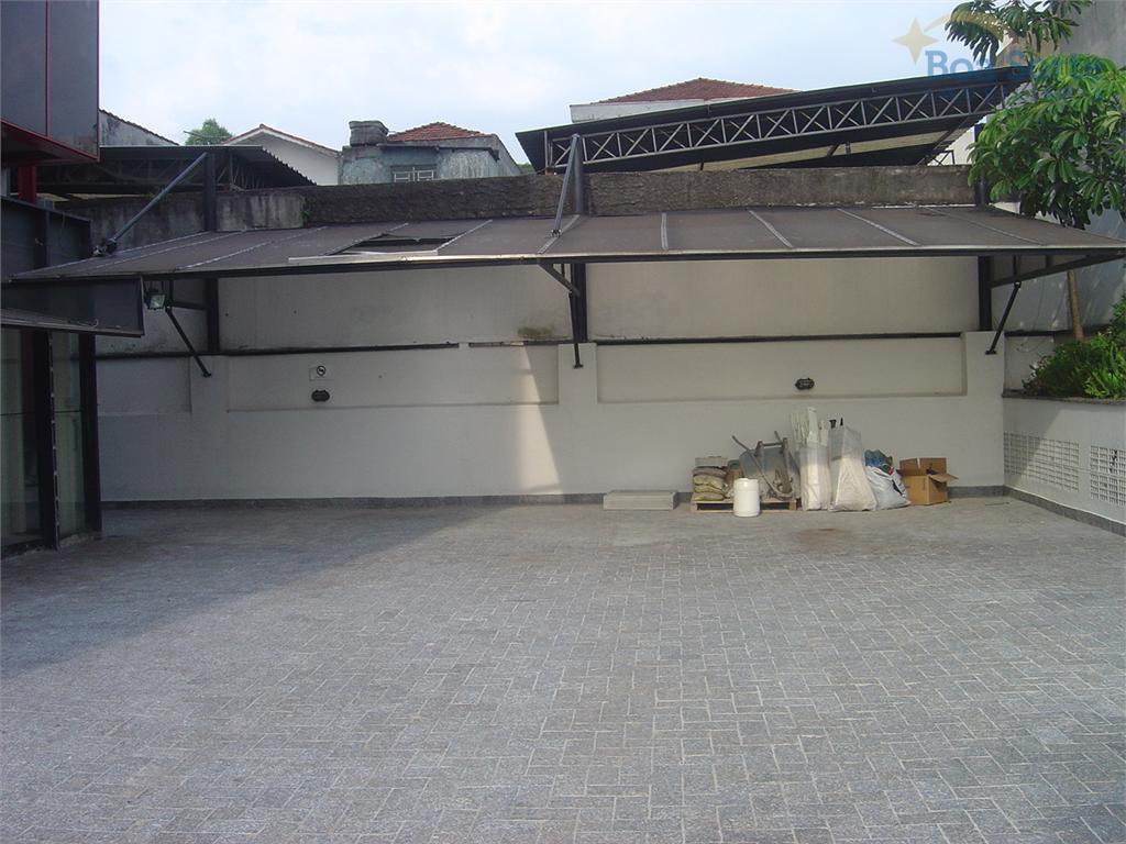 grande oportunidade! ótimo salão comercial com 200 m² de área construída, copa, 4 banheiros, e estacionamento...
