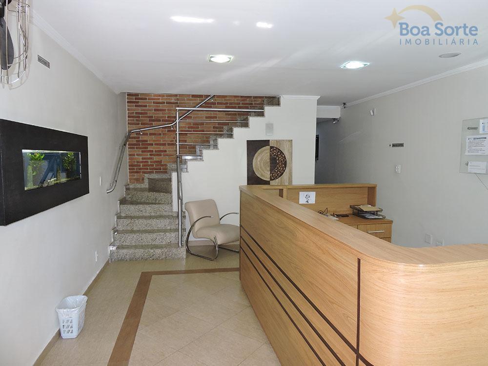 ótima sala comercial com 16 m², ampla, com boa iluminação natural e um banheiro. fácil acesso...