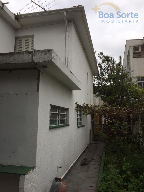 sobrado com 151 m² de área construída! com dois dormitórios, sala ampla dois ambientes, banheiro, cozinha,...