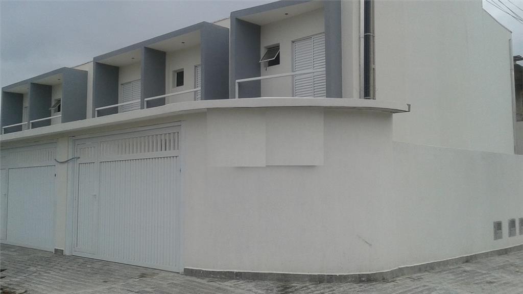 Sobrado Residencial à venda, Tude Bastos (Sítio do Campo), Praia Grande - SO0045.