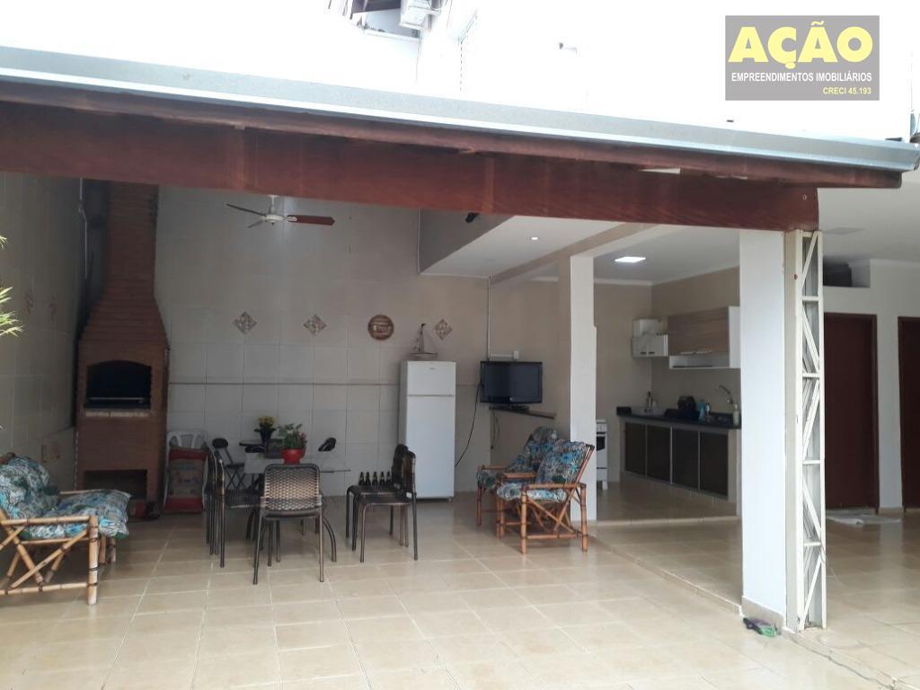 linda casa com 3 dormitórios sendo 1 suíte, 2 salas, cozinha,, área gourmet com banheiro externo,...