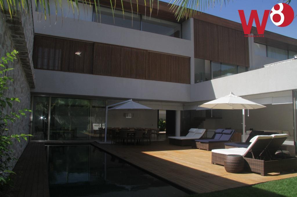 Sobrado residencial à venda, Baleia, São Sebastião - SO0001.