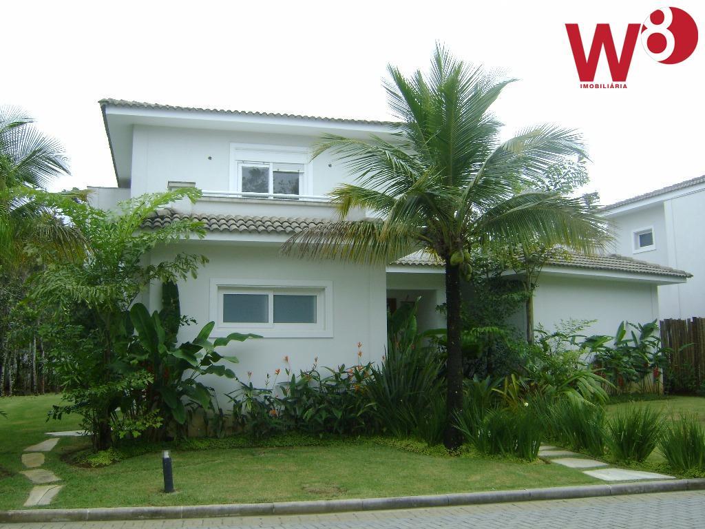 casa de alto padrão na praia da baleia em condomínio com apenas 4 residencias. são 350...