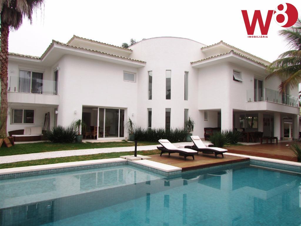 Casa  em condomínio á 80 m da praia, disponível locação, Baleia, São Sebastião.