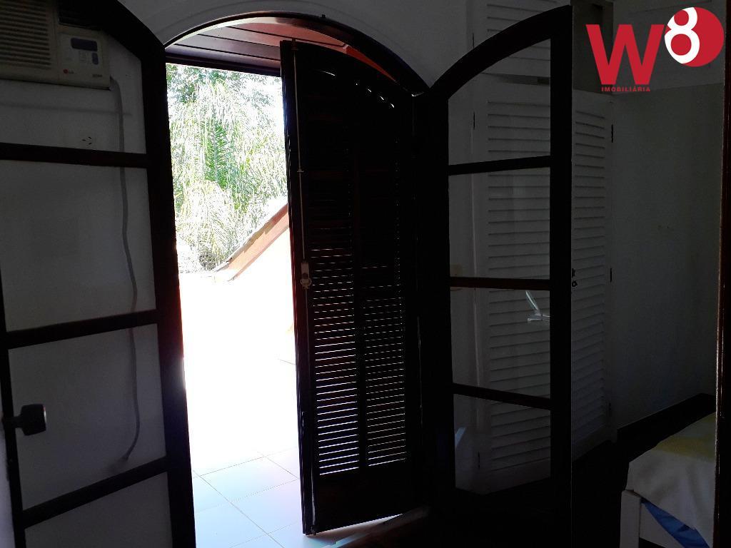 casa em condomínio na praia de cambury á aproximadamente 200 m da areia da praia. são...