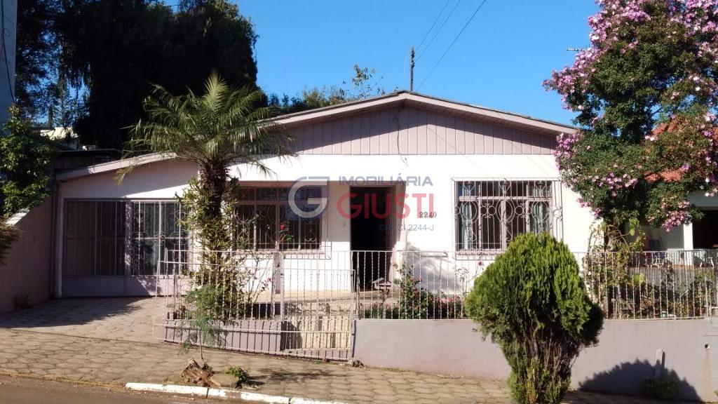 Casa residencial à venda, ótima localização, Centro, São Miguel do Oeste.