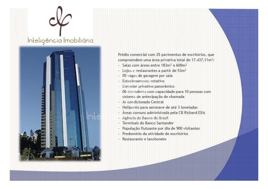 Espaço corporativo com 653 m² para locação em Alphaville Industrial, Barueri.
