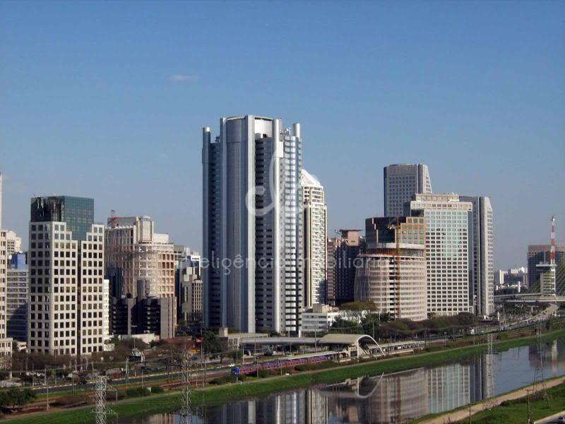Dois andares corporativos com 2.283 m² para locação no Brooklin Paulista, São Paulo.