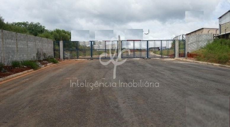 Área à venda em Altos de Caucaia (Caucaia do Alto), Cotia.