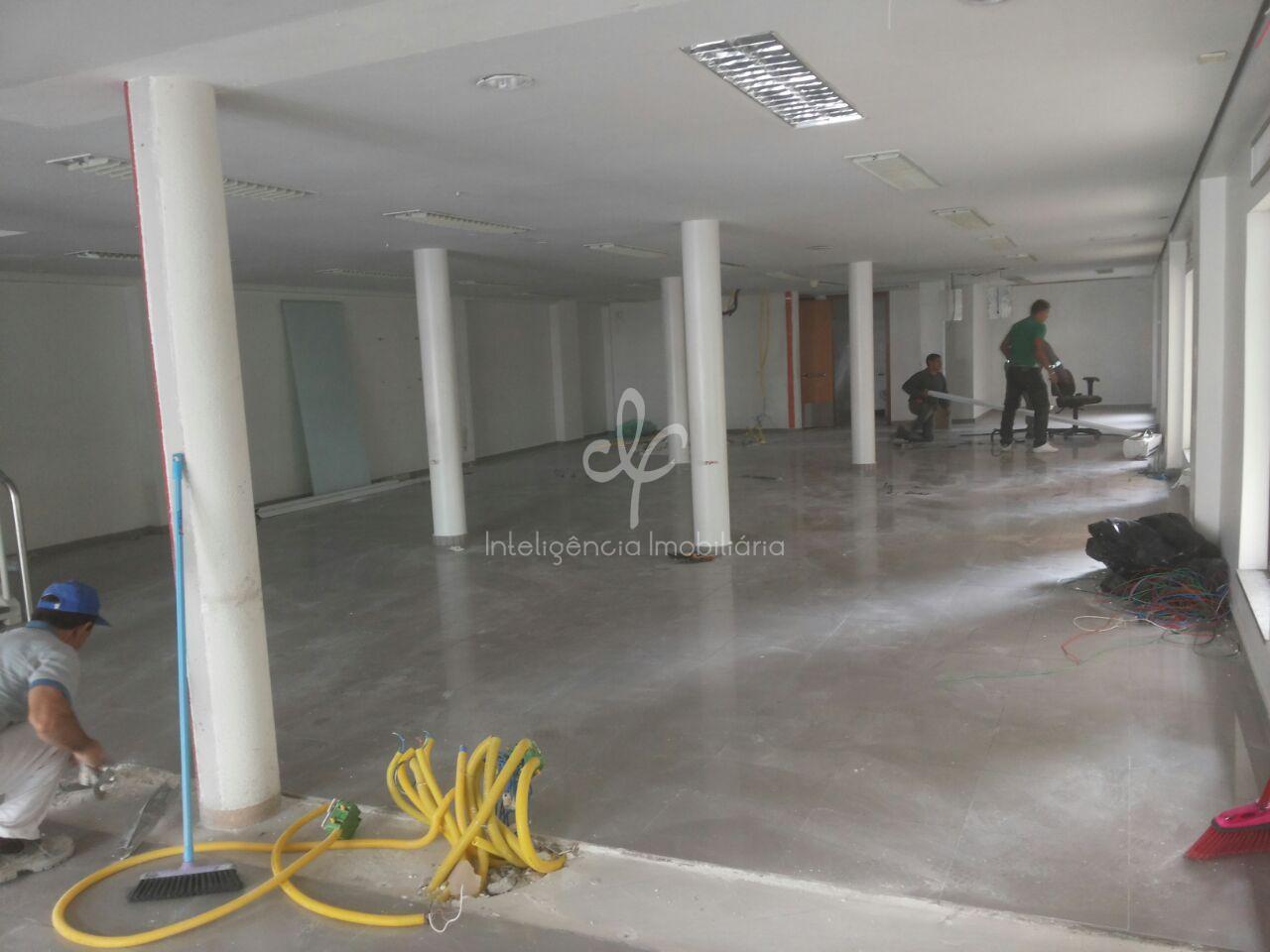 Excelente imóvel comercial com 2 pisos, 4 vagas, Chácara Santo Antônio, SP