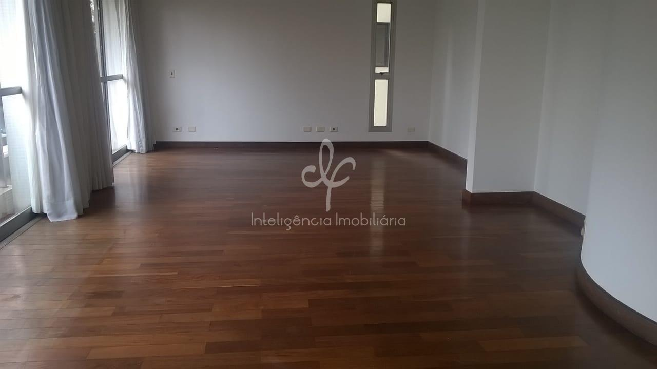 Amplo apartamento com 160 m² em Perdizes, 3 dormitórios sendo 1 Suíte com varanda, 2 Vagas, dependência de empregada,Perdizes