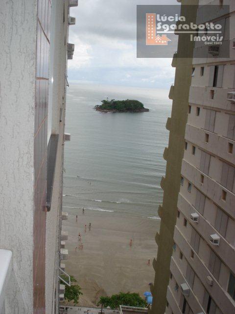 Lindo Apto 3 Dormitórios localizado na quadra do mar Rua 1800.