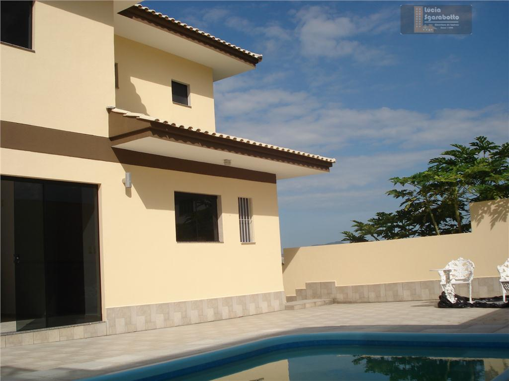 Ótima casa no bairro Ariribá