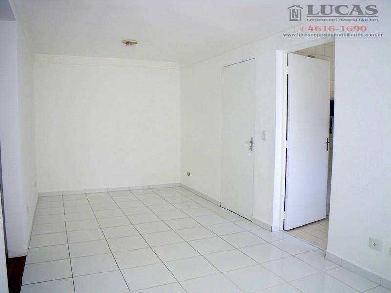 Apartamento recém reformado para venda ou locação, Green Land, Cotia.