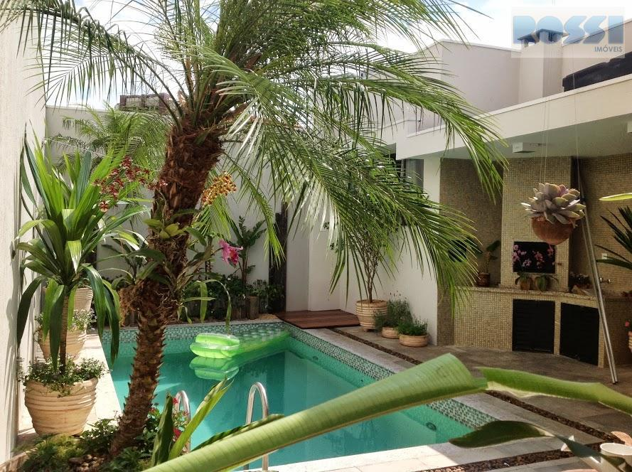 Casa de 3 dormitórios em Jardim Avelino, São Paulo - SP