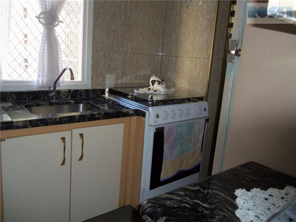 Apartamento de 3 dormitórios em São Lucas, São Paulo - SP