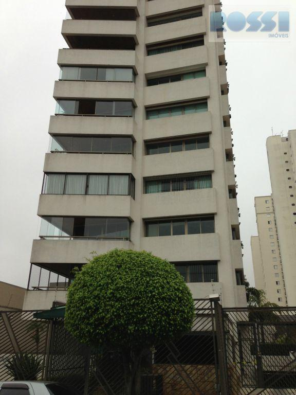 Apartamento amplo com super preço na Moóca