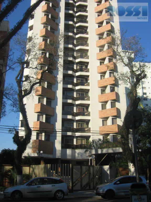 Apartament oem frente a Praça e próximo ao Metro  Vila Prudente.