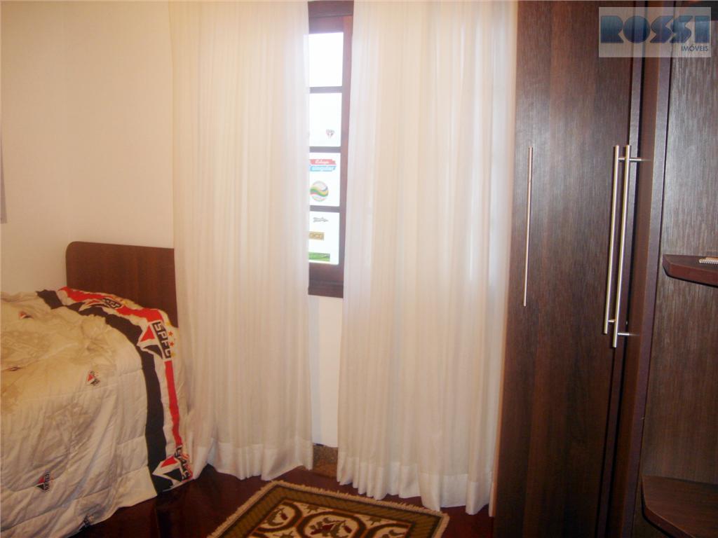 Sobrado de 4 dormitórios em Jardim Avelino, São Paulo - SP