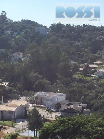 Sobrado de 4 dormitórios à venda em Caputera, Arujá - SP