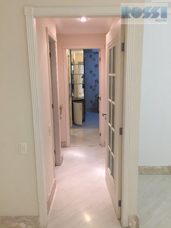 Apartamento de 3 dormitórios em Jardim Avelino, São Paulo - SP