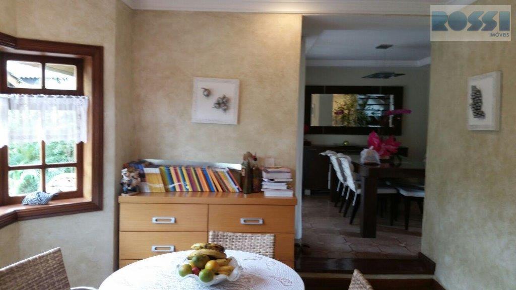 Sobrado de 3 dormitórios à venda em Caputera, Arujá - SP