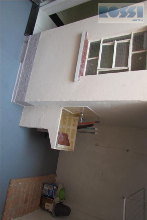 sobrado para locação vila prudente .proximo rua do orfanato e mercado spain.reformado.2 dormitorios , sala, cozinha,...