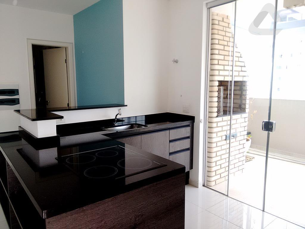 cobertura - 3 dts (3stes) 1 closet piso porcelanato, 3 arms, sala 2 amb piso porcelanato,...