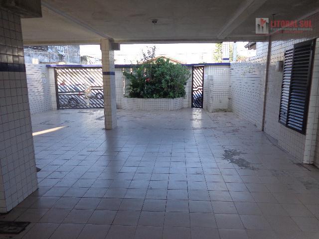 Apartamento 01 dormitório. sala ,cozinha, banheiro, lavanderia 01 vaga de garagem ac financiamento bancário uo entrado e mas par