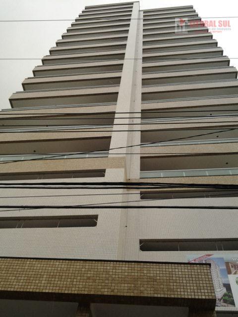 Apartamento de 03 dormitorios sendo 02 suites com sacadas 02 vagas de garagem sala 02 ambiente com sacada  lazer piscna, salão d