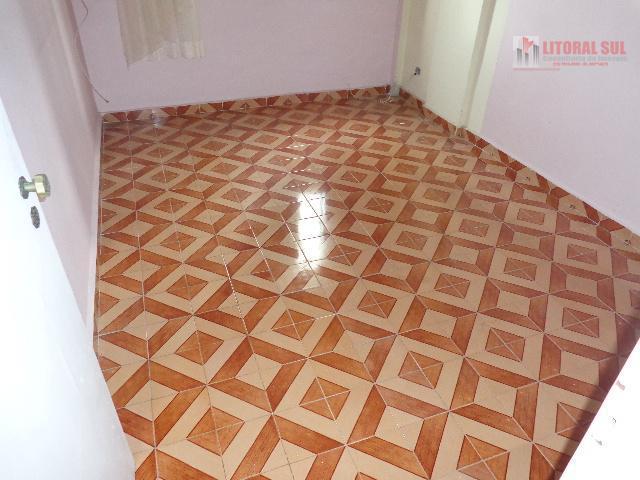 Apartamento de 01 dormitorio no Canto do Forte sendo uma vaga de garragem Otima localização aceita financiamento bancario ou 40%