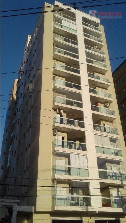Apartamento 01 dormitório no Canto do Forte em Praia Grande, 01 cozinha, 01 lavanderia, 01 sala com varanda, 01 banheiro, 01 vag