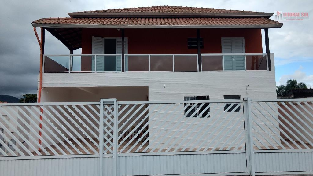 Sobrada de 02 dormitorios na Jardim Melvi Praia Grande SP senda 02 banheiros , sala cozinha , area de serviço , 01 vaga de garag