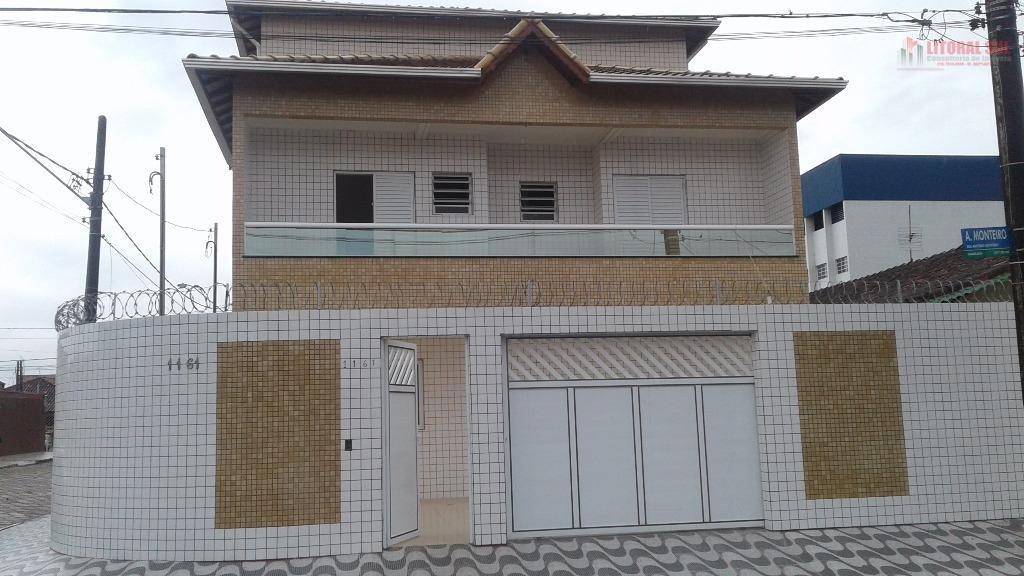 Sobrado 02 dormitórios sendo Triplex na Vila Mirim em Praia Grande, sendo 01 garagem coberta com pia e lavabo, 01 sala, 01 cozin