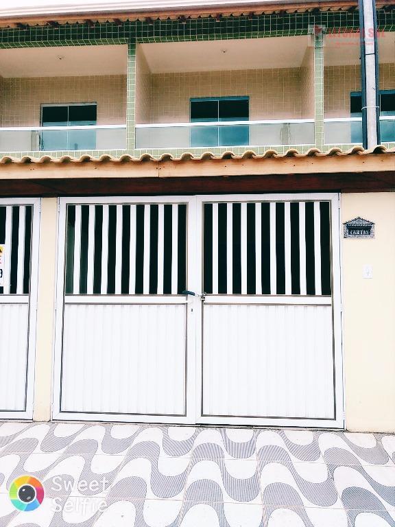 Sobrado no Tude bastos com 02 dormitórios em Praia Grande, 01 sala, 01 cozinha, 01 quintal e área de serviço, 01 lavabo, 01 banh