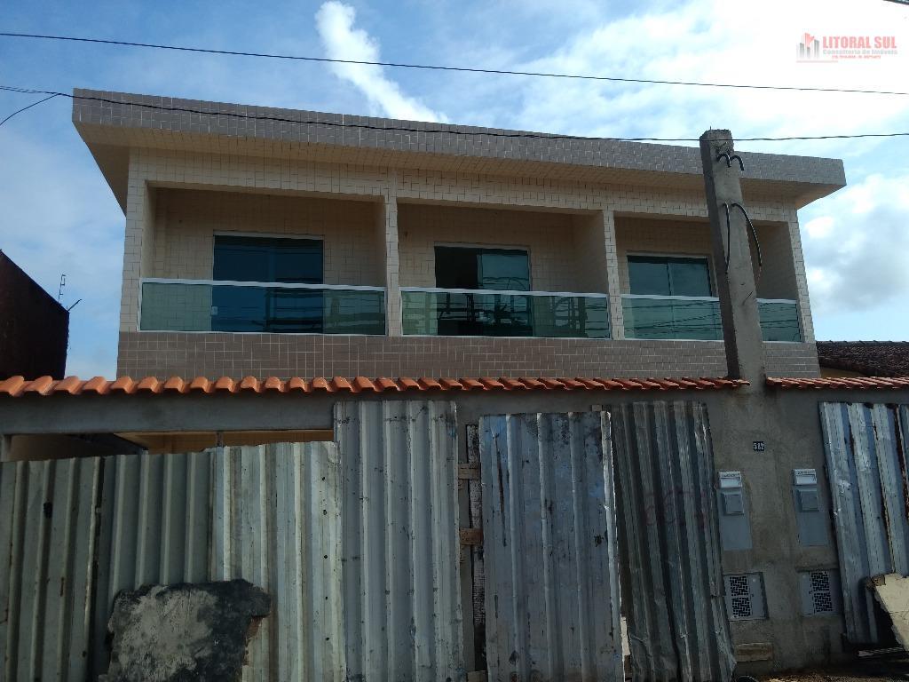 Sobrado 02 dormitorios no Tude Bastos sendo sala , cozinha , lanvaderia ,01 lavabo , quintal , 01 vaga de garagem Ótima localiza